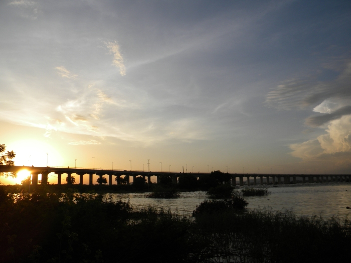 Mali Bamako fleuve river Niger bridge sunset