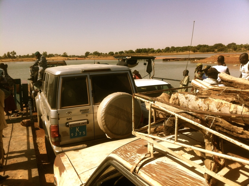 Mali Djenne ferry river taxi mayor