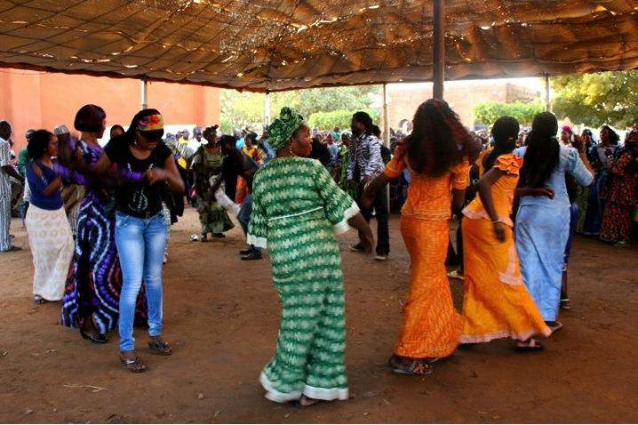 Segou festival music concert dancer traditional dance dress fabric women