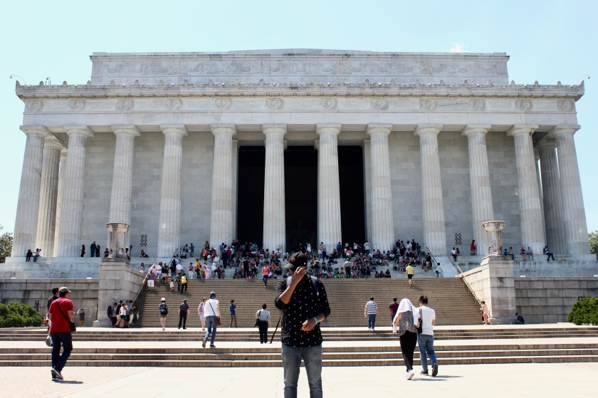 Washington DC Lincoln memorial monument national mall tourist