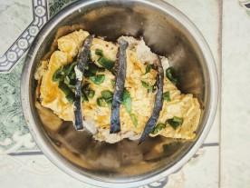 omelette fish skin